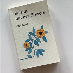 The Sun and Her Flowers Poem Book